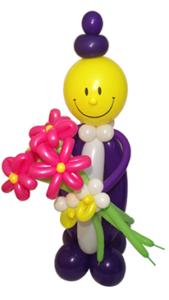 Фигура из шаровчеловечка-улыбки с5 воздушными цветами
