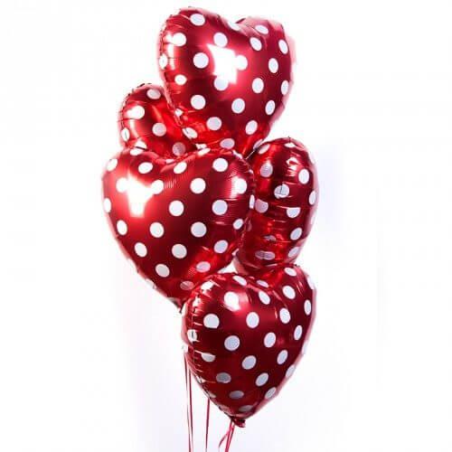 Фольгированные шары с гелием — Сердца красные в горошек 18″